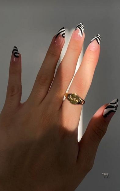2021-08-23_024752 +45 Glamorous Gel Nail Designs for all Skin Tones