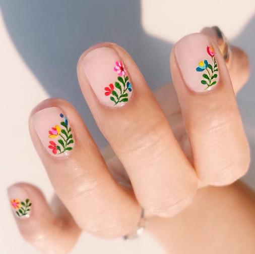 2021-08-23_030327 +45 Glamorous Gel Nail Designs for all Skin Tones