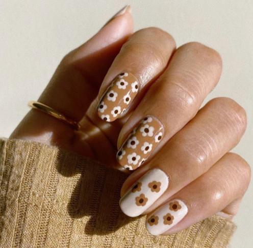 2021-08-23_030529 +45 Glamorous Gel Nail Designs for all Skin Tones