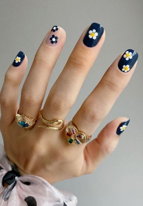 2021-08-23_030733 +45 Glamorous Gel Nail Designs for all Skin Tones