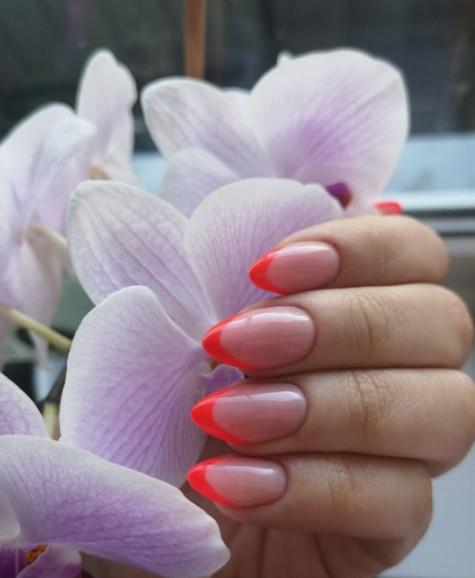 2021-08-23_031742 +45 Glamorous Gel Nail Designs for all Skin Tones