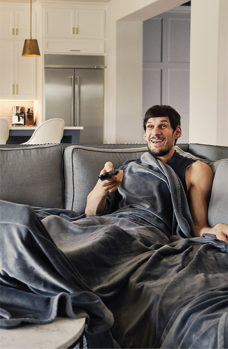 Blanket 25+ Best Brother Gift Ideas to Give on His Birthday 2020/2021
