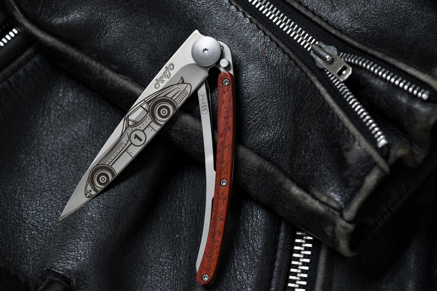 Pocket-Knife-1 25+ Best Brother Gift Ideas to Give on His Birthday 2020/2021