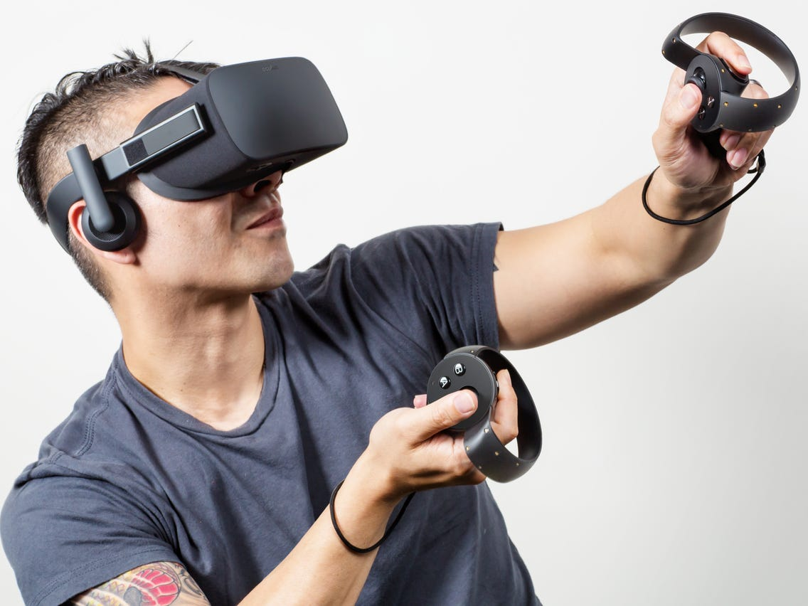 Virtual-Reality-Headset-1 25+ Best Brother Gift Ideas to Give on His Birthday 2020/2021