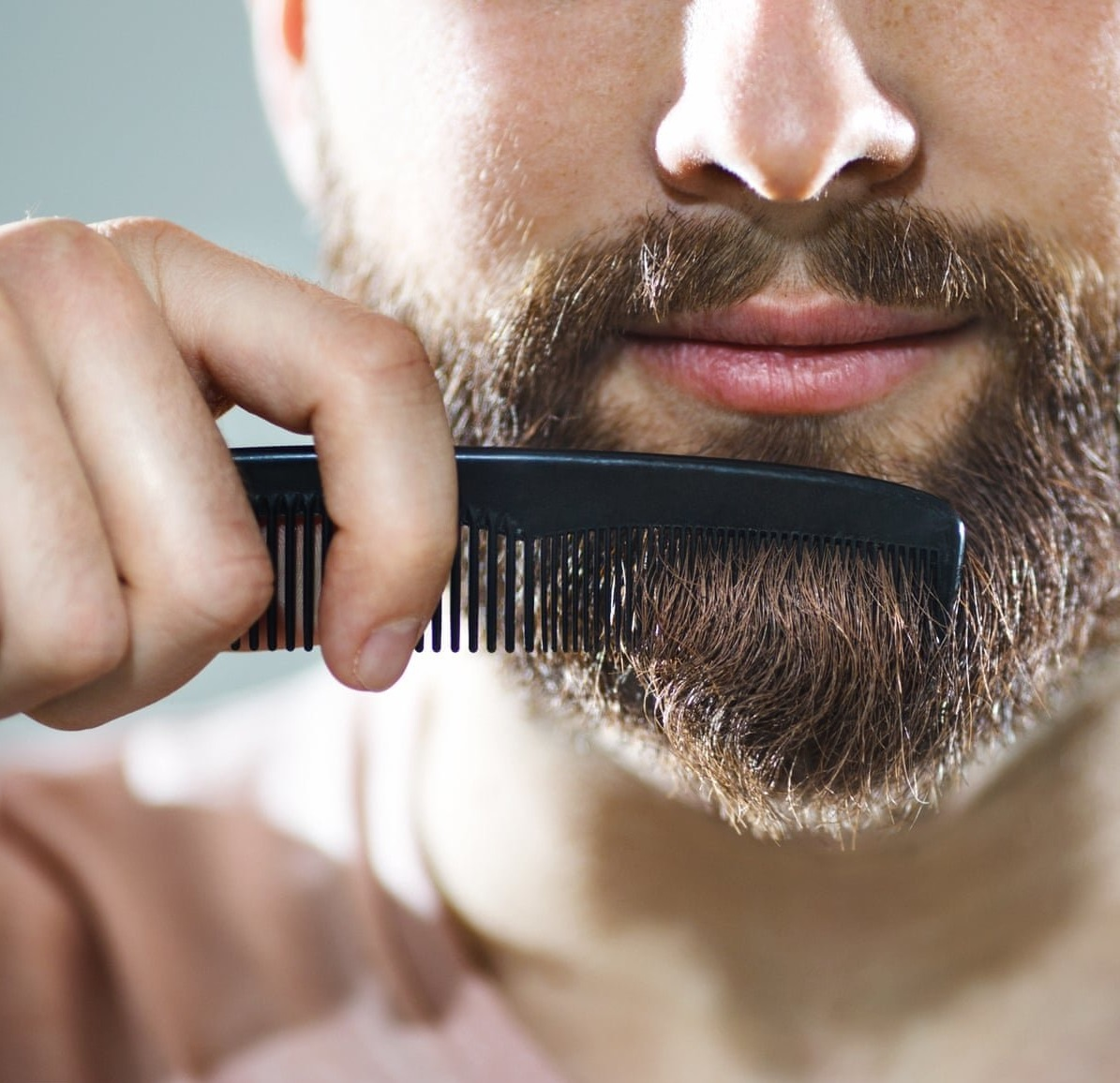 beard-cutting-1 25+ Best Brother Gift Ideas to Give on His Birthday 2020/2021