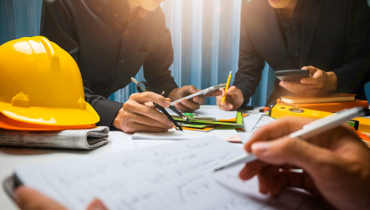 contractor How to Choose a Renovation Contractor