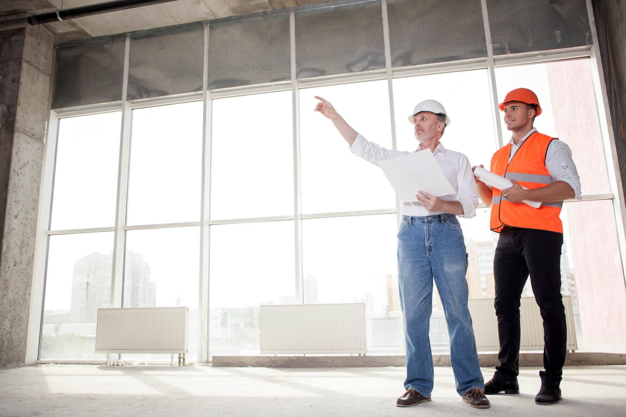 hiring-Renovation-Contractor How to Choose a Renovation Contractor