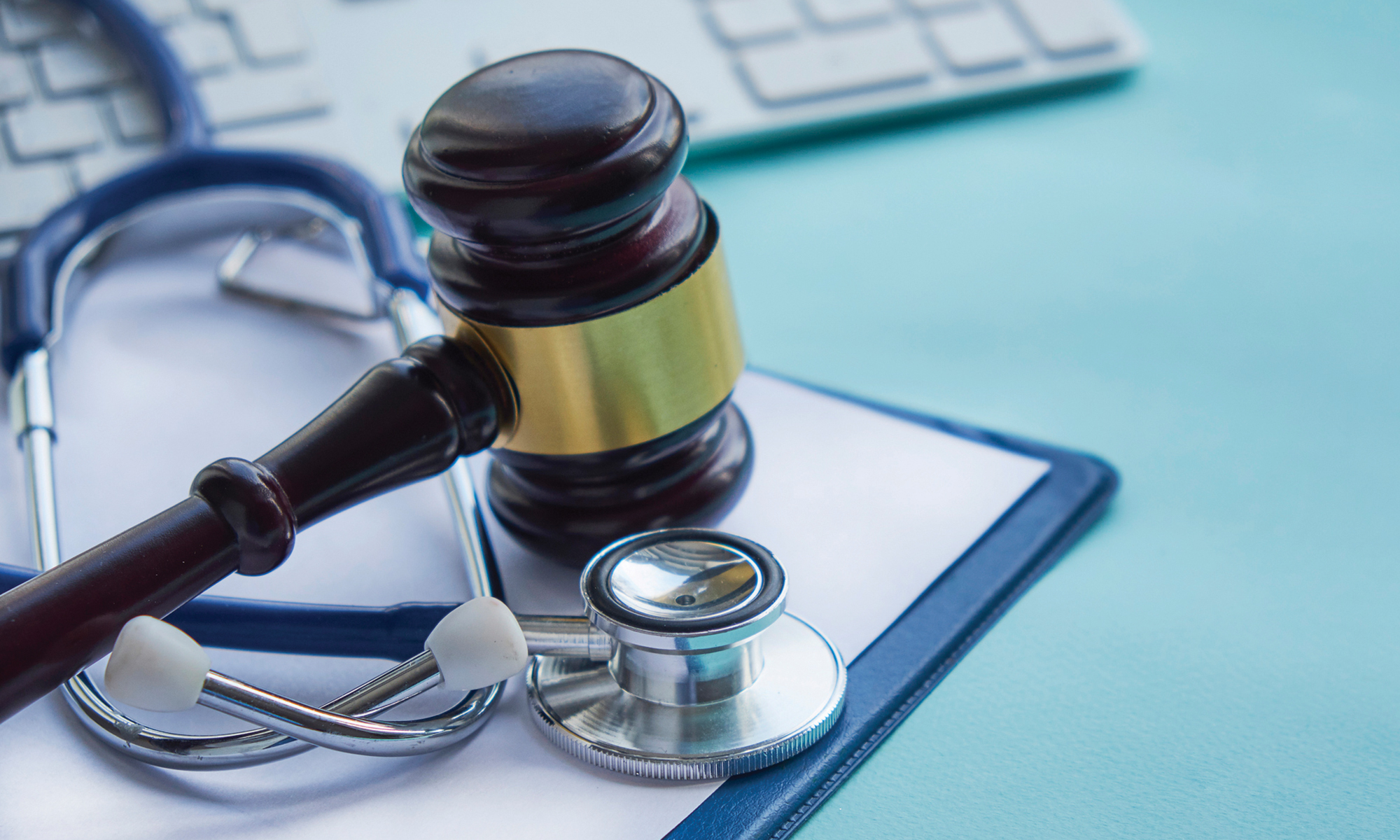 medical-malpractice-lawyer Factors to Consider When Choosing a Medical Negligence Solicitor