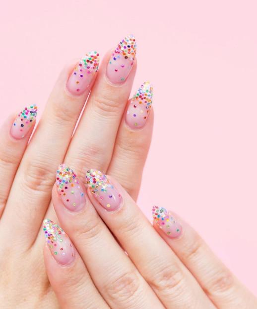 2021-09-03_092816 37+ Gorgeous nail-art designs to sparkle this winter 2021/2022