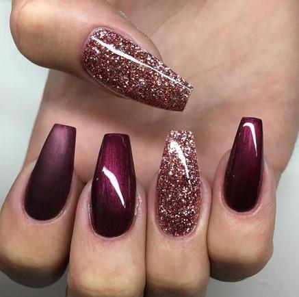 2021-09-03_093625 37+ Gorgeous nail-art designs to sparkle this winter 2021/2022