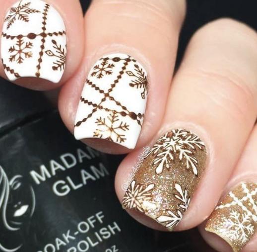 2021-09-03_095756 37+ Gorgeous nail-art designs to sparkle this winter 2021/2022