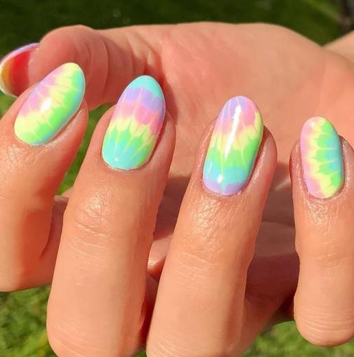 2021-09-03_100715 37+ Gorgeous nail-art designs to sparkle this winter 2021/2022