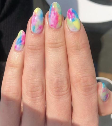 2021-09-03_100817 37+ Gorgeous nail-art designs to sparkle this winter 2021/2022