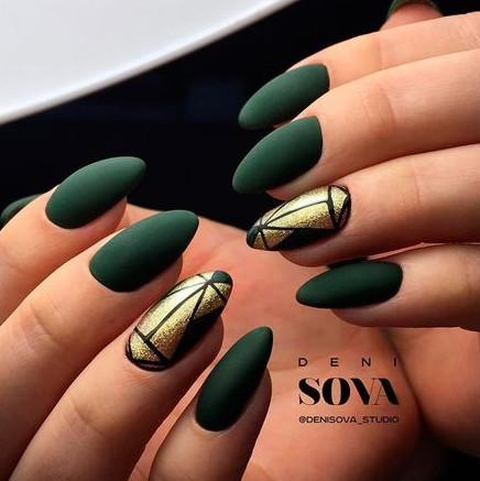 2021-09-03_101039 37+ Gorgeous nail-art designs to sparkle this winter 2021/2022