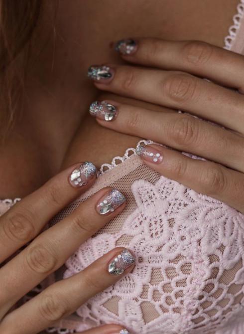 2021-09-03_101658 37+ Gorgeous nail-art designs to sparkle this winter 2021/2022