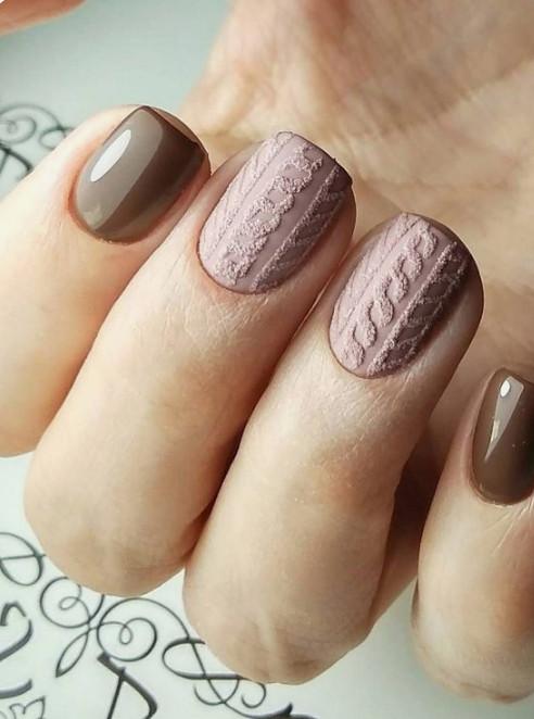 2021-09-03_102257 37+ Gorgeous nail-art designs to sparkle this winter 2021/2022