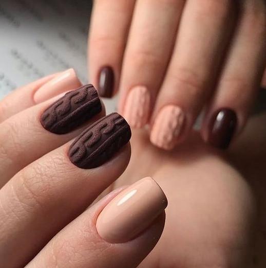2021-09-03_102343 37+ Gorgeous nail-art designs to sparkle this winter 2021/2022