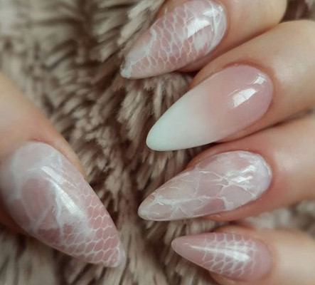 2021-09-03_103015 37+ Gorgeous nail-art designs to sparkle this winter 2021/2022