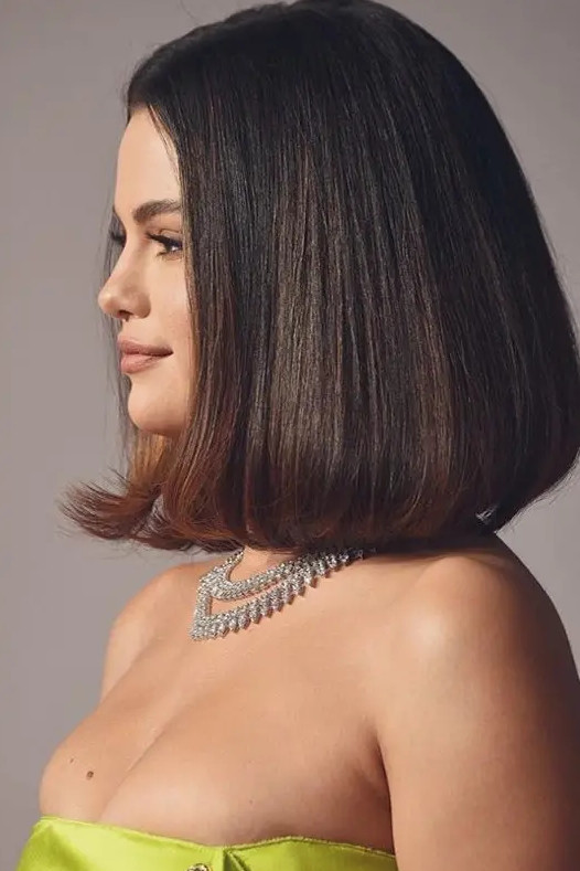 2021-09-30_083624 37+ Hottest Haircuts for Women Over 40 That Make Your Hair Look Fuller
