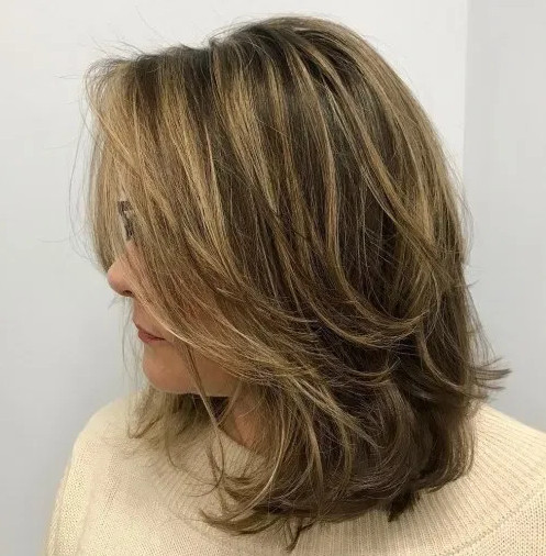 2021-09-30_084051 37+ Hottest Haircuts for Women Over 40 That Make Your Hair Look Fuller
