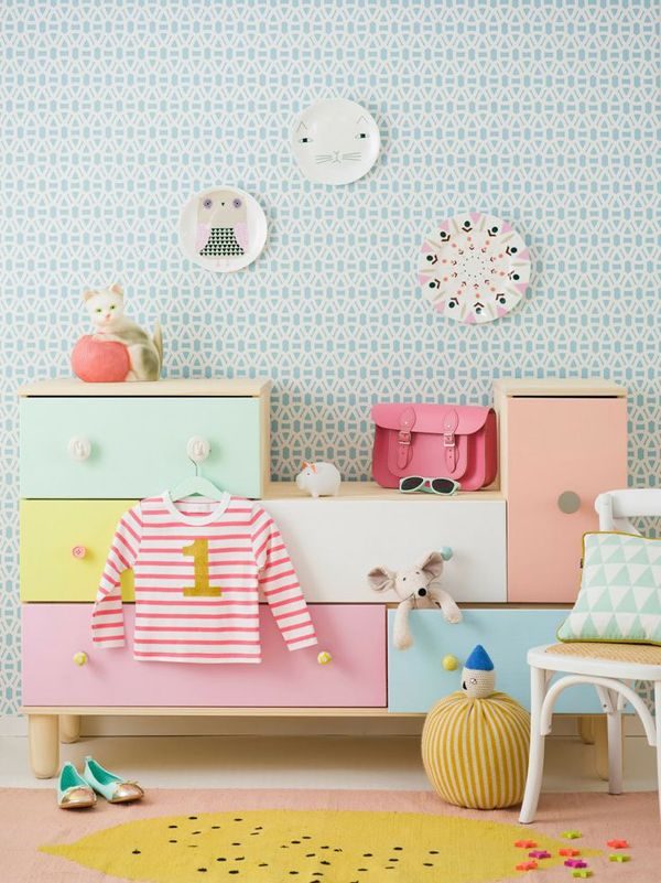 neutral-and-pastel-Wallpapers 10 Cute Ways to Use Removable Wallpaper for Your Kid's Bedroom