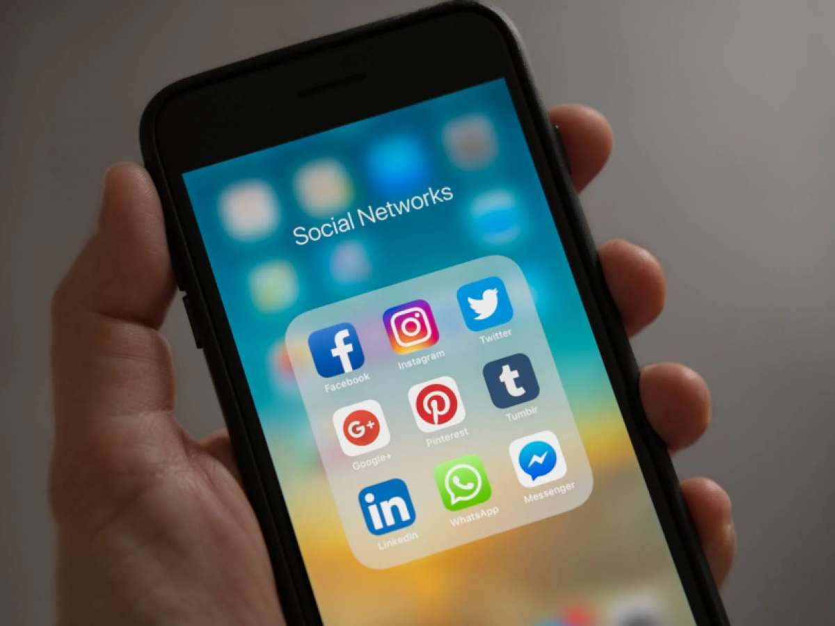 social-media How To Start an E-Commerce Business Without a Large Investment