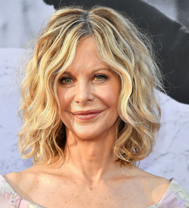 2021-10-11_205744 70+ Latest Haircuts and Hair Trends for Women Over 50 to Look Younger in 2022