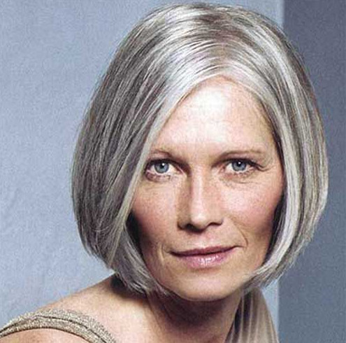 2021-10-11_213726 70+ Latest Haircuts and Hair Trends for Women Over 50 to Look Younger in 2022