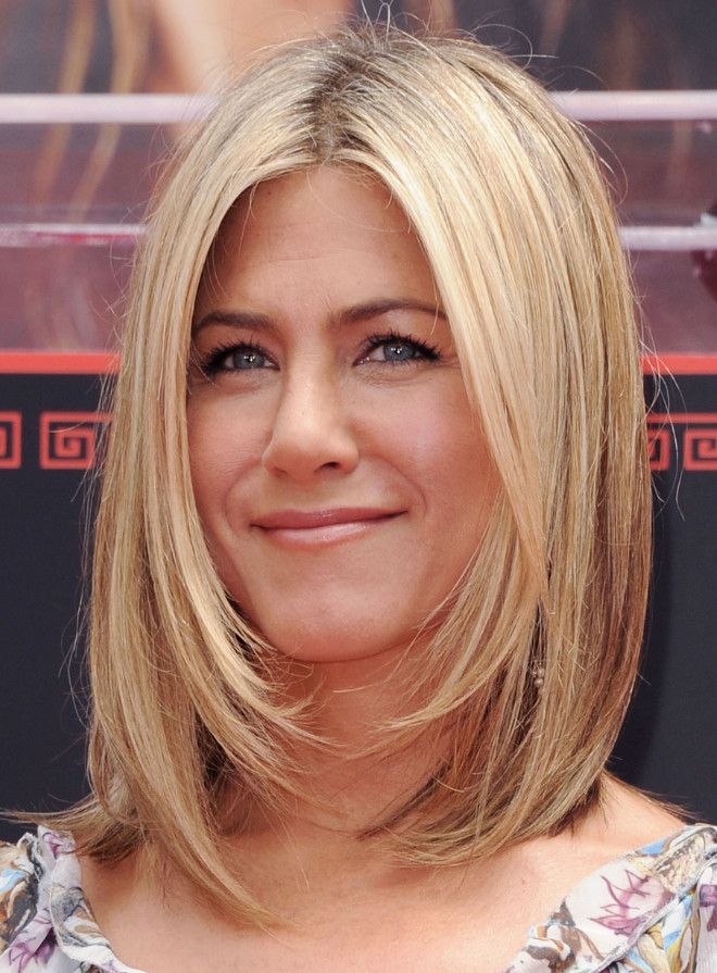 2021-10-11_215502 70+ Latest Haircuts and Hair Trends for Women Over 50 to Look Younger in 2022