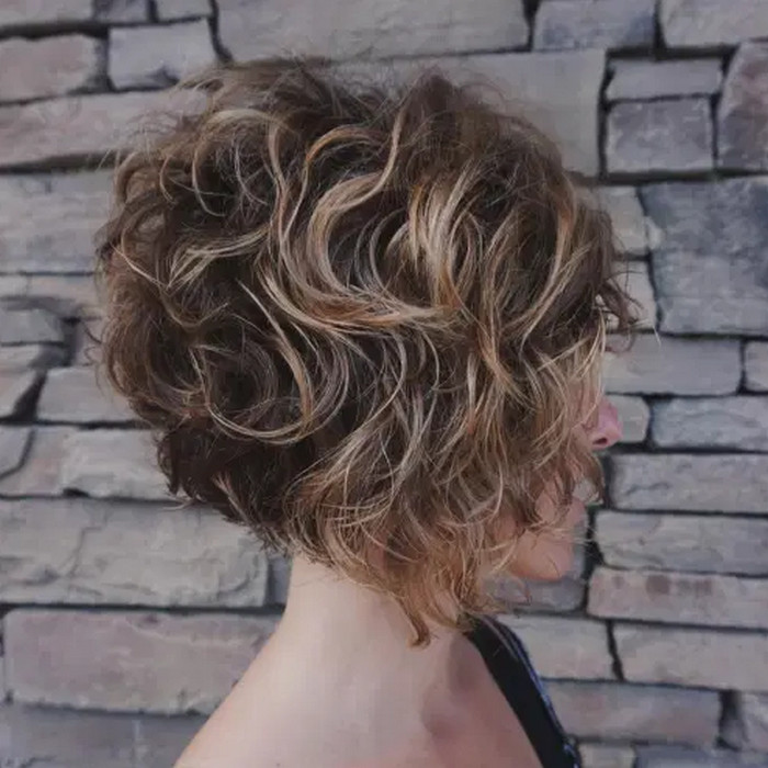 2021-10-12_041910 70+ Latest Haircuts and Hair Trends for Women Over 50 to Look Younger in 2022