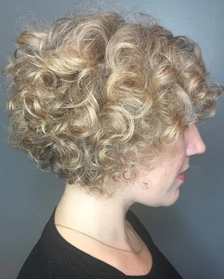 2021-10-12_042126 70+ Latest Haircuts and Hair Trends for Women Over 50 to Look Younger in 2022