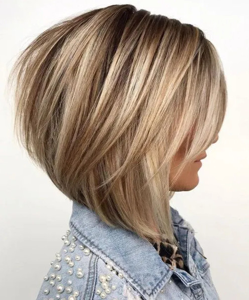 2021-10-12_043109 70+ Latest Haircuts and Hair Trends for Women Over 50 to Look Younger in 2022