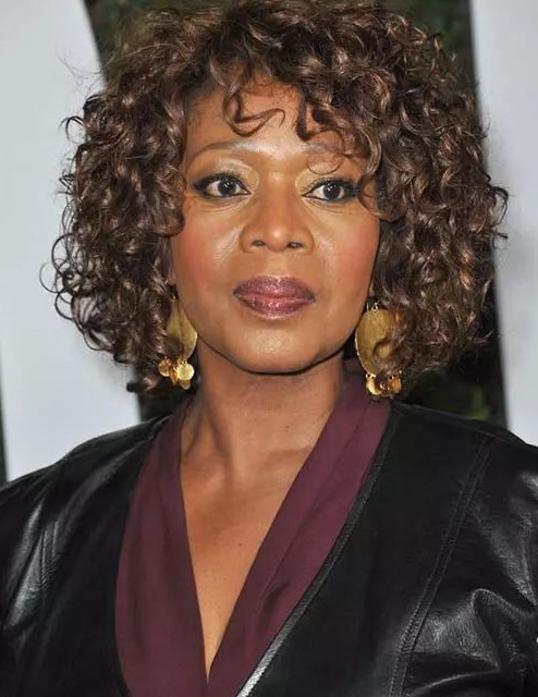 2021-10-12_044749 70+ Latest Haircuts and Hair Trends for Women Over 50 to Look Younger in 2022