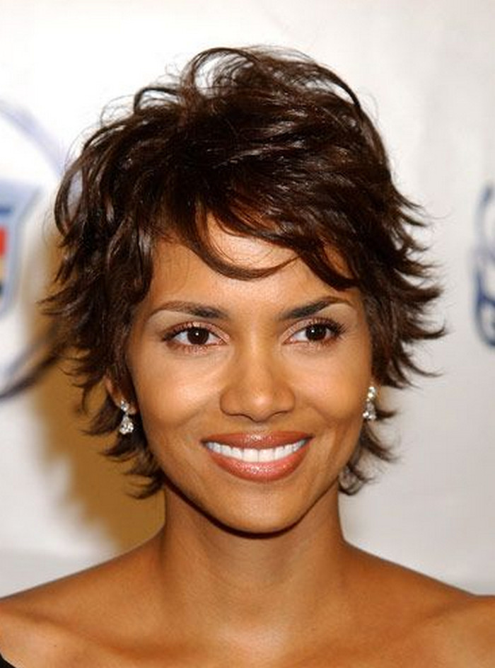2021-10-12_045318 70+ Latest Haircuts and Hair Trends for Women Over 50 to Look Younger in 2022