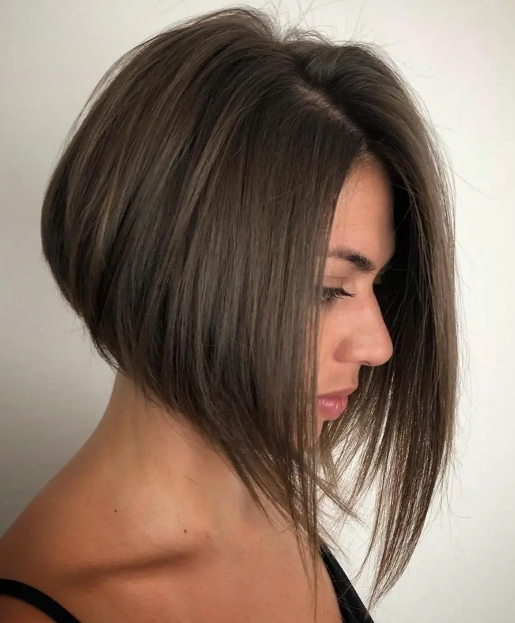 2021-10-12_045921 70+ Latest Haircuts and Hair Trends for Women Over 50 to Look Younger in 2022