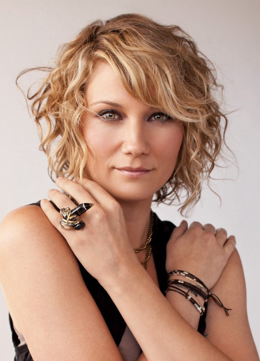 2021-10-12_050824 70+ Latest Haircuts and Hair Trends for Women Over 50 to Look Younger in 2022