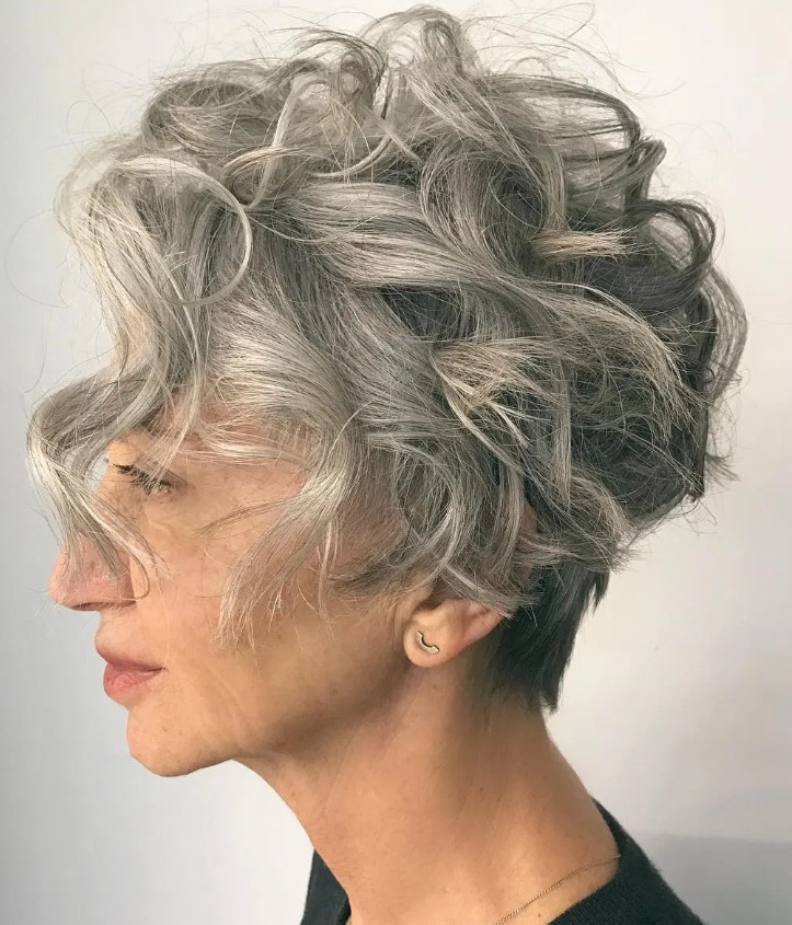 2021-10-12_092748 70+ Latest Haircuts and Hair Trends for Women Over 50 to Look Younger in 2022