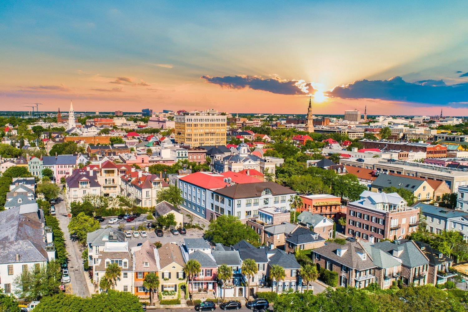 Romantic-Residential-Neighborhoods-of-Charleston-1 Experiencing the Charms of Charleston