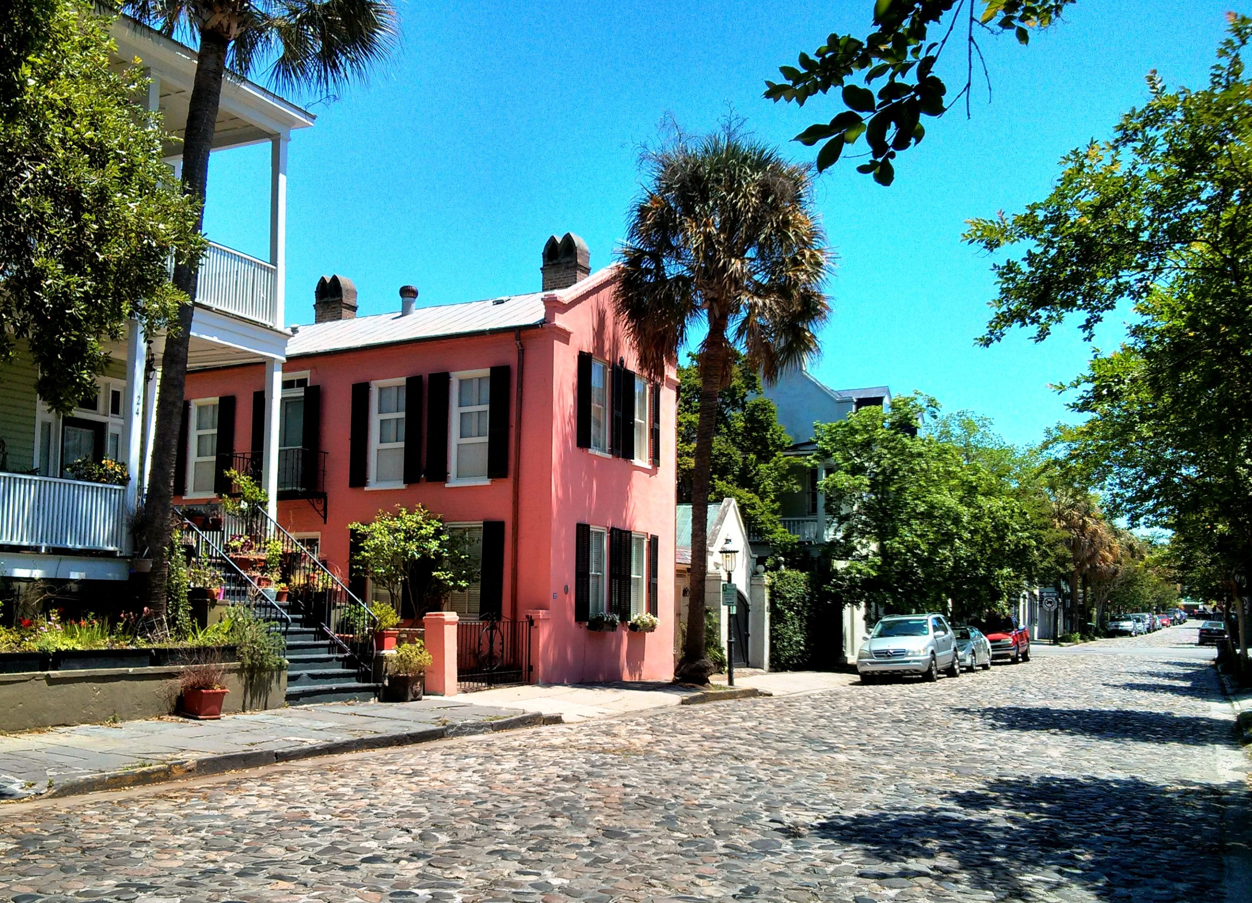 The-cobblestone-streets-scaled Experiencing the Charms of Charleston
