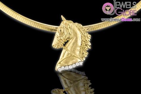 18-karat-gold-pendent-design-for-women The 29 Most Popular Gold Pendant Designs For Women