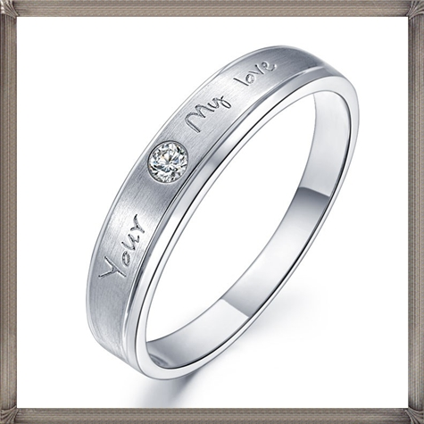Affordable-Unisex-Mens-Diamond-Wedding-Band-on-Silver 5 CRITICAL Tips You Should Keep in Mind When Buying Men's Silver Wedding Bands