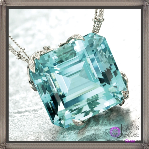 Aquamarine-blue-coloured-gem 10 Hidden facts about Gemstones That You Must Know