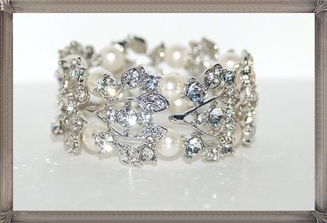 Bridal-Pearl-And-Rhinestone-Bracelet-Wedding-Bracelet 28+ Most Amazing Pearl Bracelets For Brides in 2020