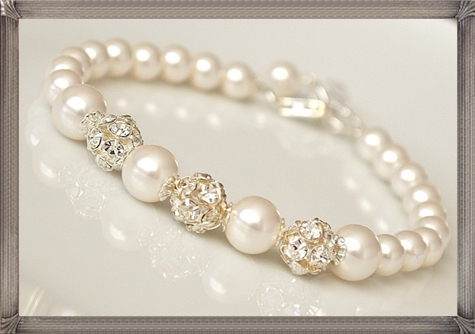 Bridal-Pearl-Bracelet-Wedding-Jewelry-Rhinestone-Bling-Bracelet 28+ Most Amazing Pearl Bracelets For Brides