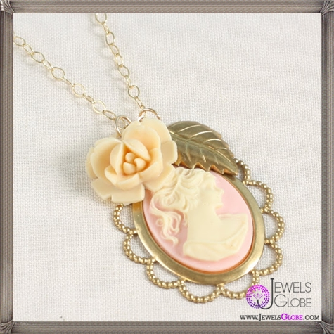 Cameo-Necklace The 13 Most Stylish Cheap Cameo Necklaces