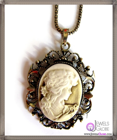 Cameo-Necklaces The 13 Most Stylish Cheap Cameo Necklaces
