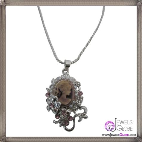 Cameo-Pendant-Necklace-Amethyst-victorian-Cameo-Lady-Pendant-Necklace The 13 Most Stylish Cheap Cameo Necklaces