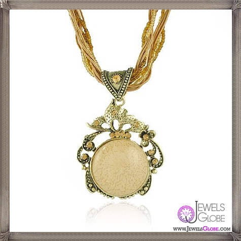 Cheap-Cameo-Pendant-Neckalce-Jewelry The 13 Most Stylish Cheap Cameo Necklaces