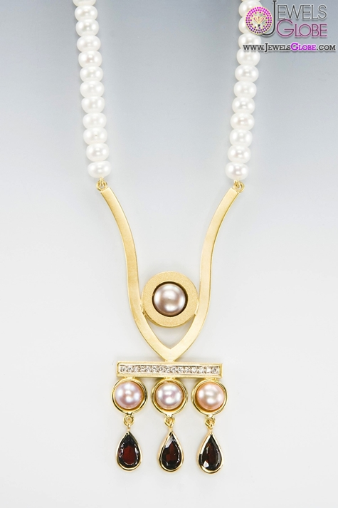 Custom-Made-necklace-with-gold-pearl-diamond-and-garnet-pendant Top 20 Pearl Gold Necklace Designs