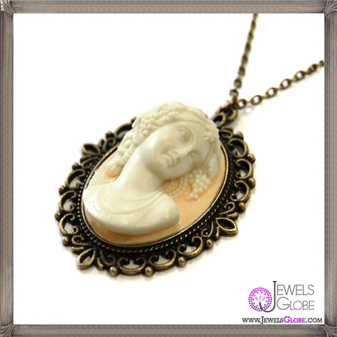 EXCLUSIVE-Empress-Cameo-Necklace The 13 Most Stylish Cheap Cameo Necklaces